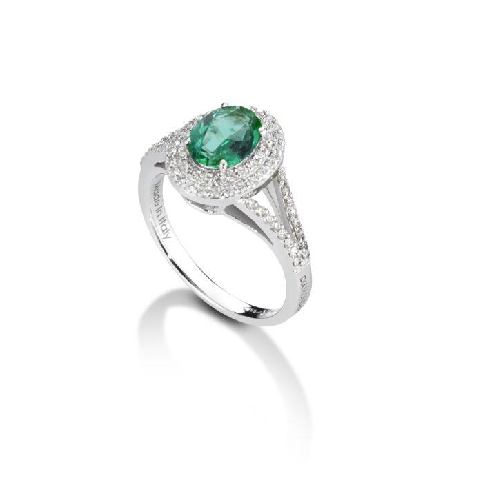 anello in oro bianco con smeraldo e diamanti